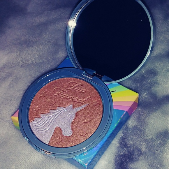 Too Faced Other - Too Faced bronzer